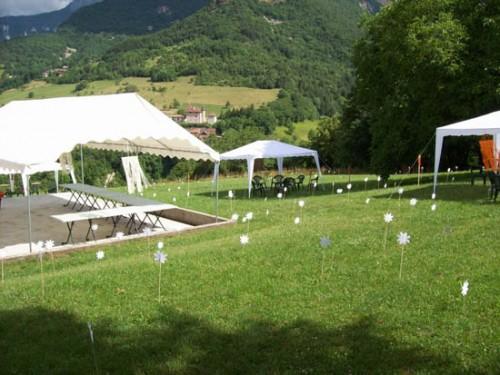 décoration pelouse mariage
